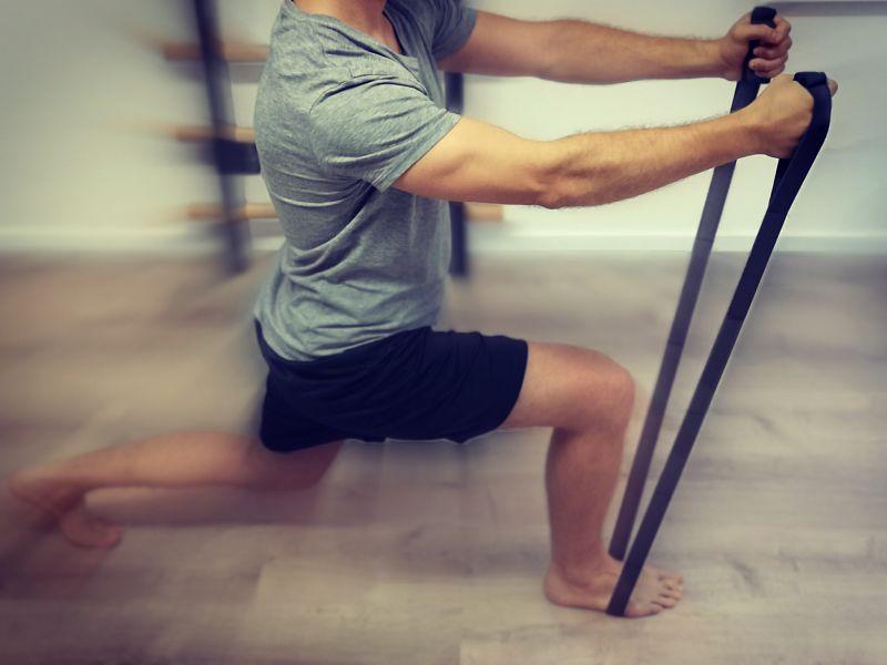 Physiotherapie in Mannheim mit Fitnessbändern